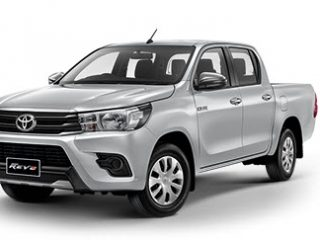 Hilux Revo Double Cab 4X2 2.4J Plus ราคา 690,000 บาท