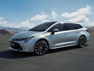 เปิดตัวในอังกฤษ Toyota Corolla Touring Sports ราคา 790,000 บาท